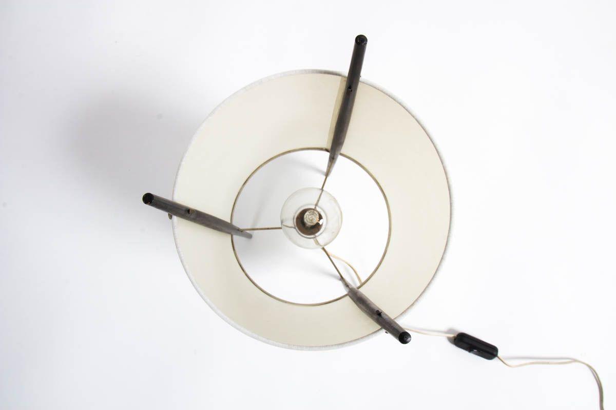 Lampe Isamu Noguchi modele Cylinder edition Knoll International 1944