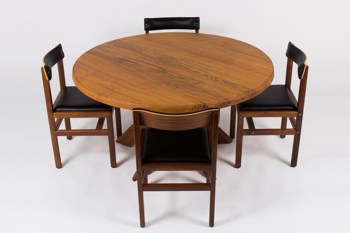Table ronde Pierre Chapo modele T21 en orme 1960