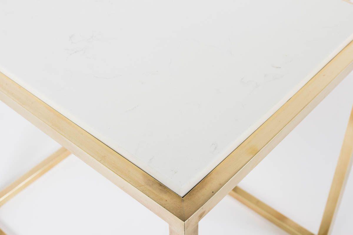 Tables basses gigognes en laiton et quartz blanc 1950