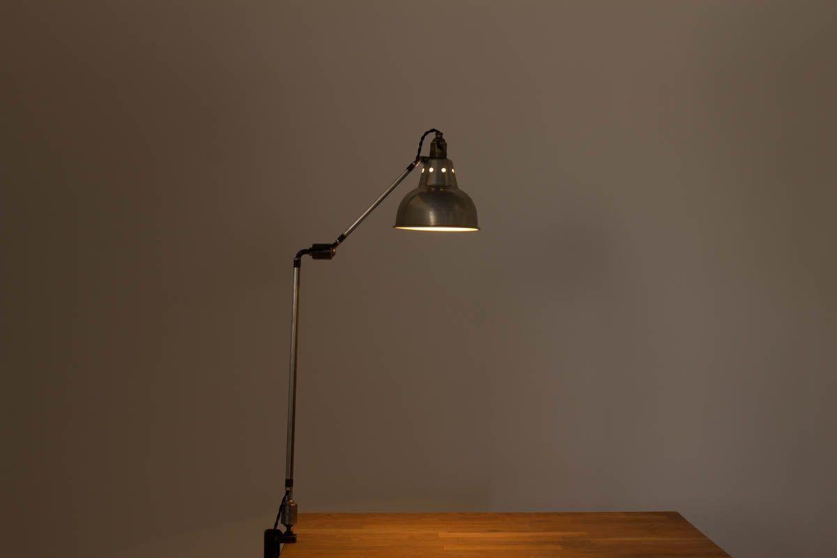 Lampe de bureau Georges Houillon modele a pince nickele 1930