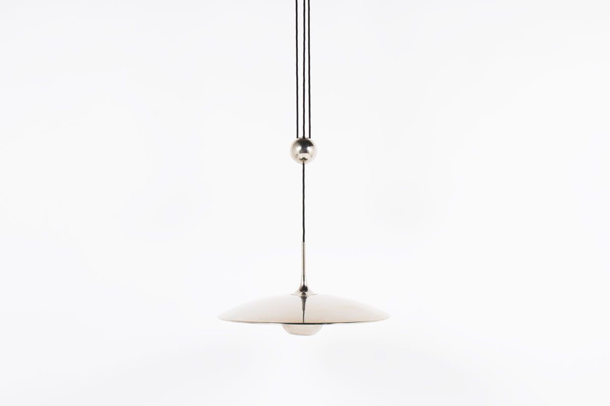 Suspension Florian Schulz modele Onos 55 design allemand 1960