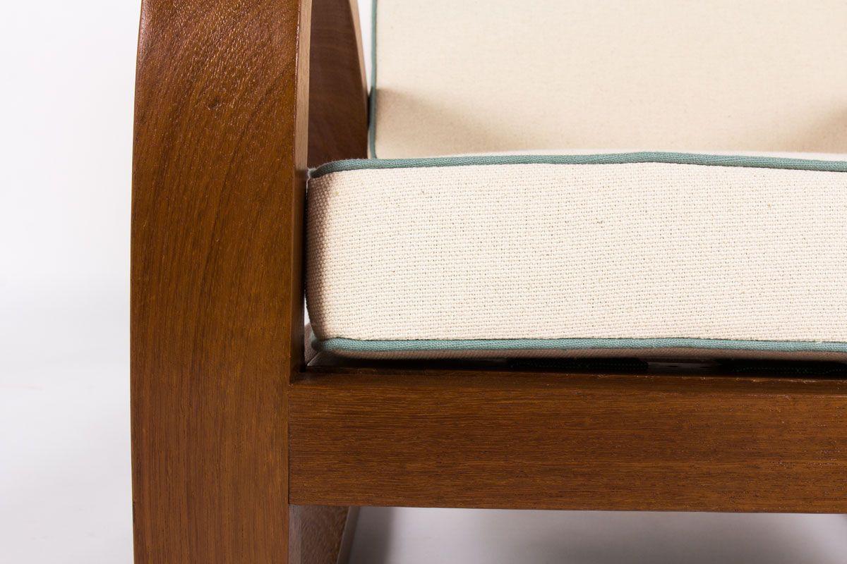 Fauteuils style colonial en acajou et tissu lin beige 1950 set de 2