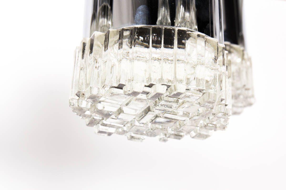 Suspension Gaetano Sciolari en metal chrome et globe en verre design italien 1970