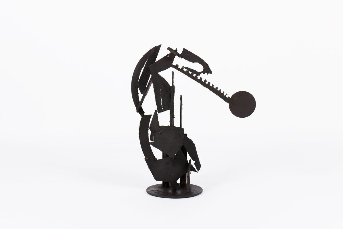 Sculpture Kely brutaliste metal patine noir design contemporain