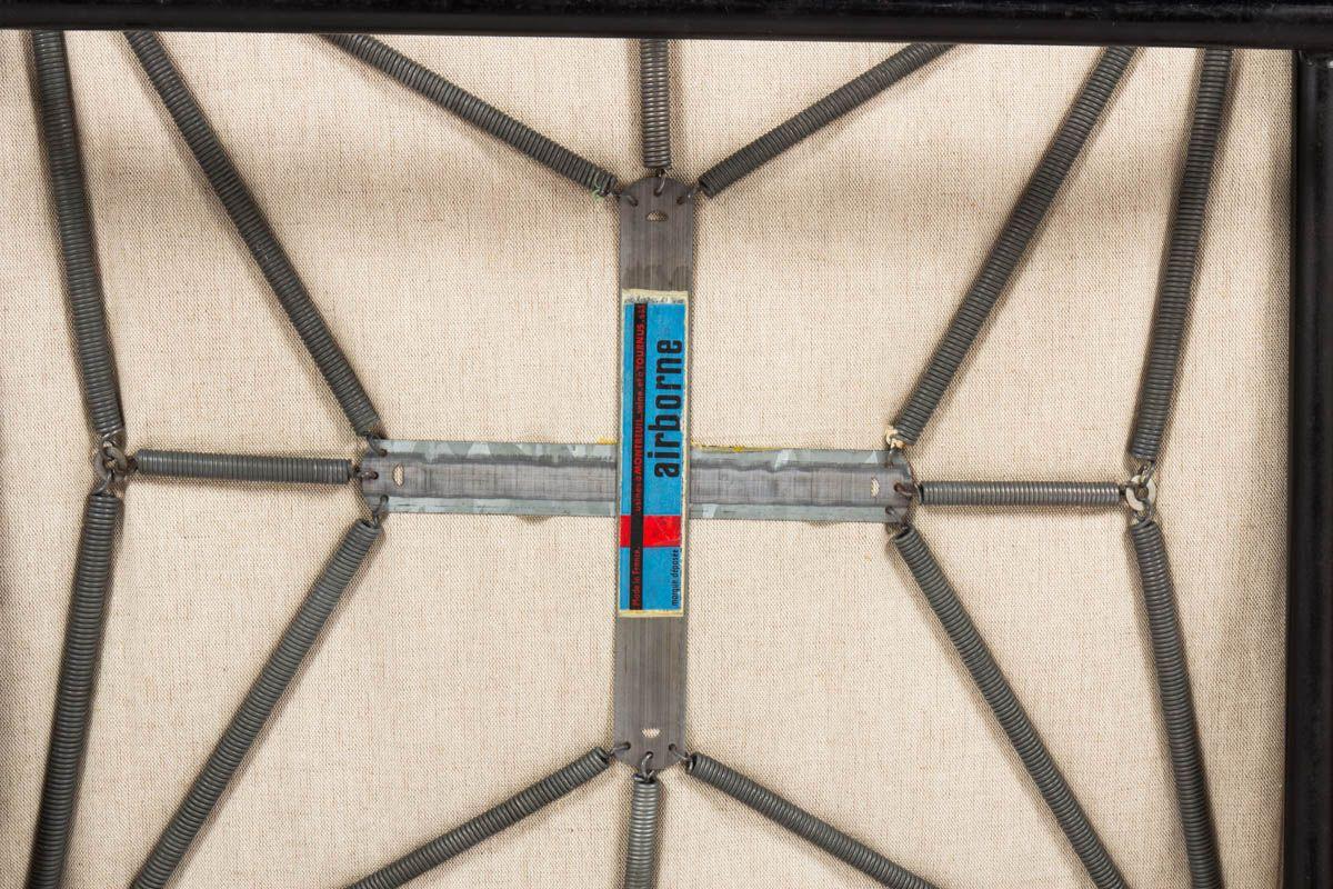 Fauteuils Pierre Guariche modele G10 tissu velours beige edition Airborne 1950 set de 2