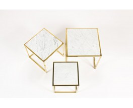Tables basses gigognes en laiton et marbre de Carrare 1950 set de 3