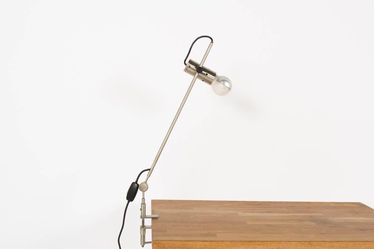 Lampe agrafe Tito Agnoli modele 255 orientable edition Oluce 1954