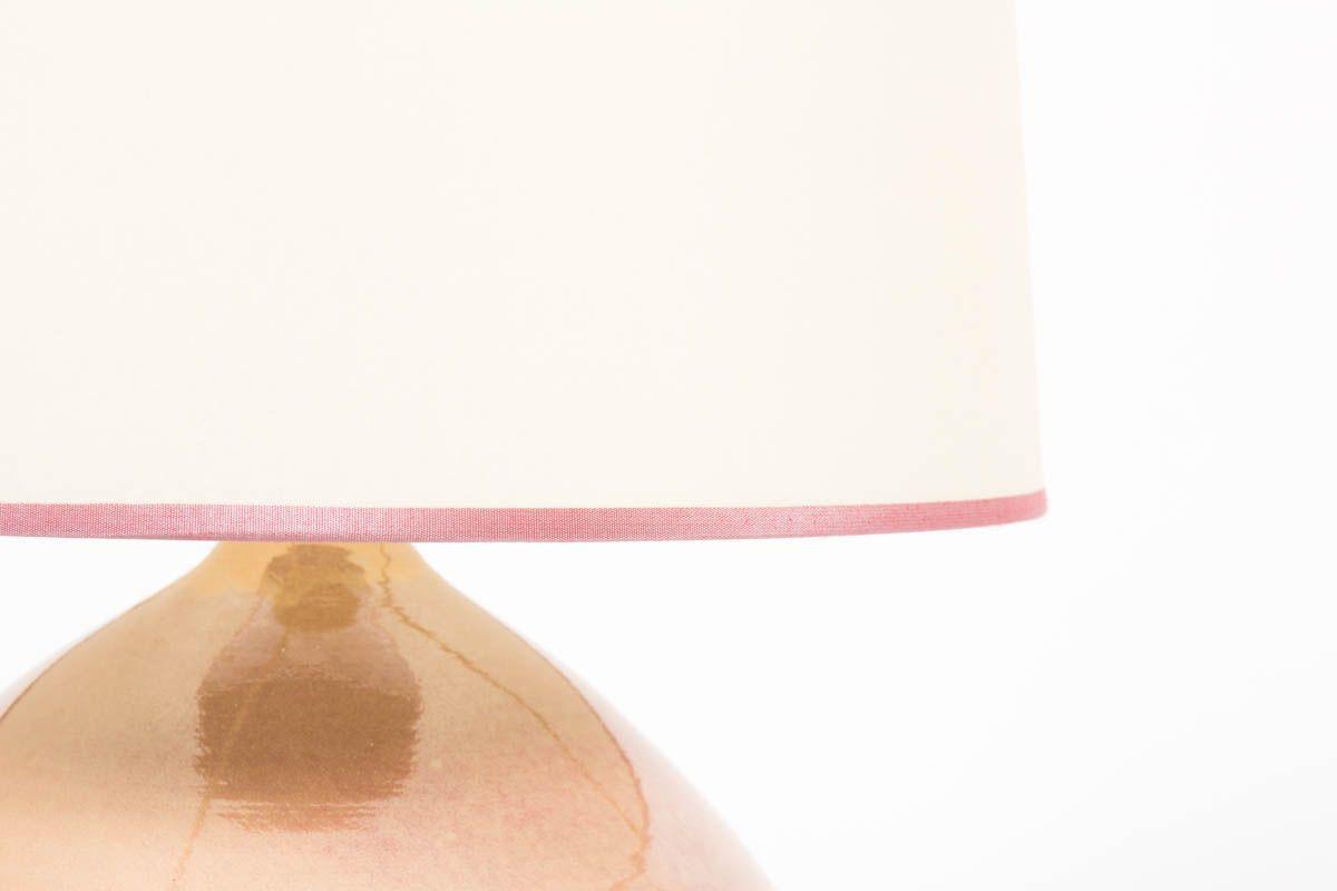 Lampe en ceramique rose et abat-jour beige 1950