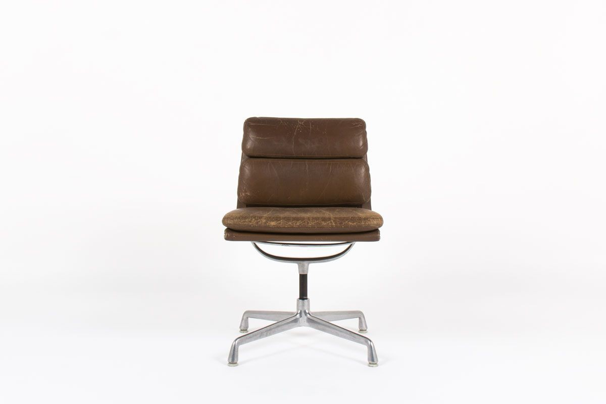Charles and Ray Eames office chair model Soft Pad EA 6 brown leather  edition Herman miller 6