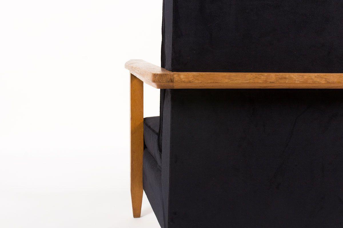Fauteuil en chene et tissu velours noir 1950