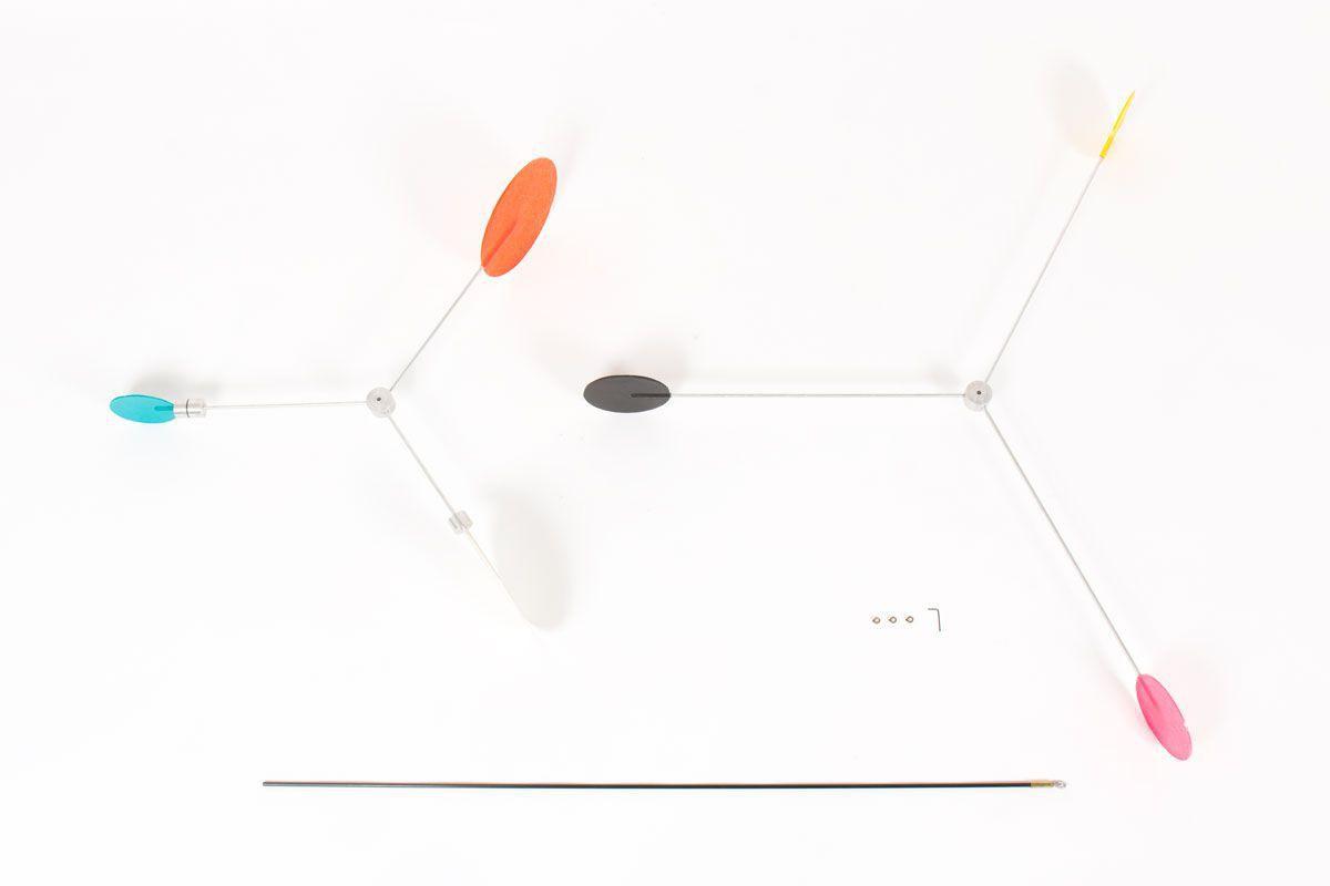 Mobile modele Mobilyom 6 couleurs 2 axes par Guillaume Guinet
