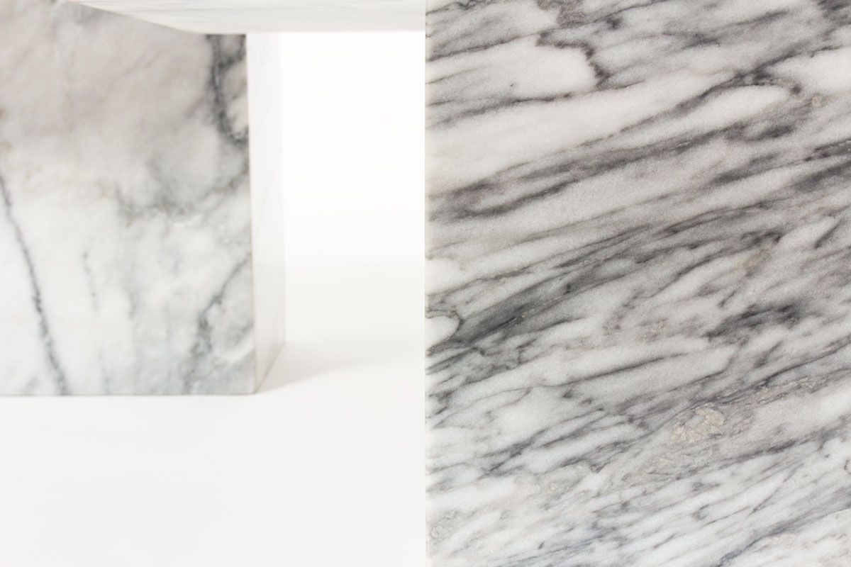 Tables basses gigognes en quartz blanc et gris 1970 set de 3