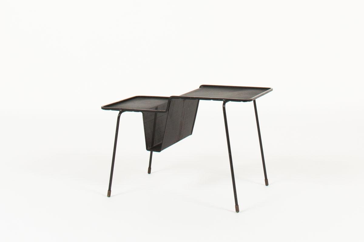 Porte-revues Mathieu Matégot modèle Java tole d'acier perforé noir 1950