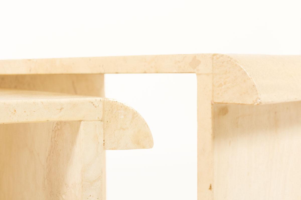 Tables basses gigognes en travertin beige 1970 set de 2