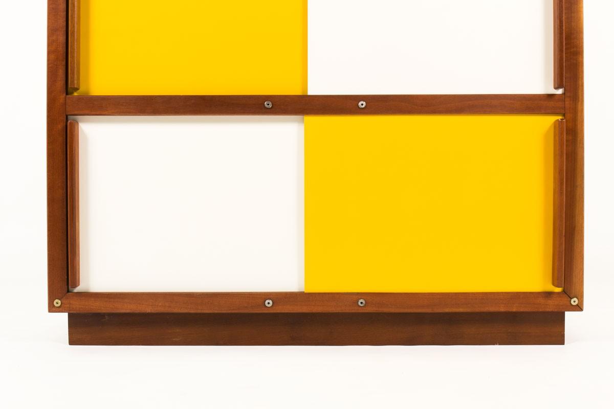 Armoire André Sornay en acajou laque blanche et jaune 1960