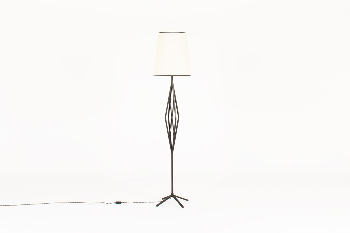 Floor lamp model Diamond in black metal with beige lampshade 1950