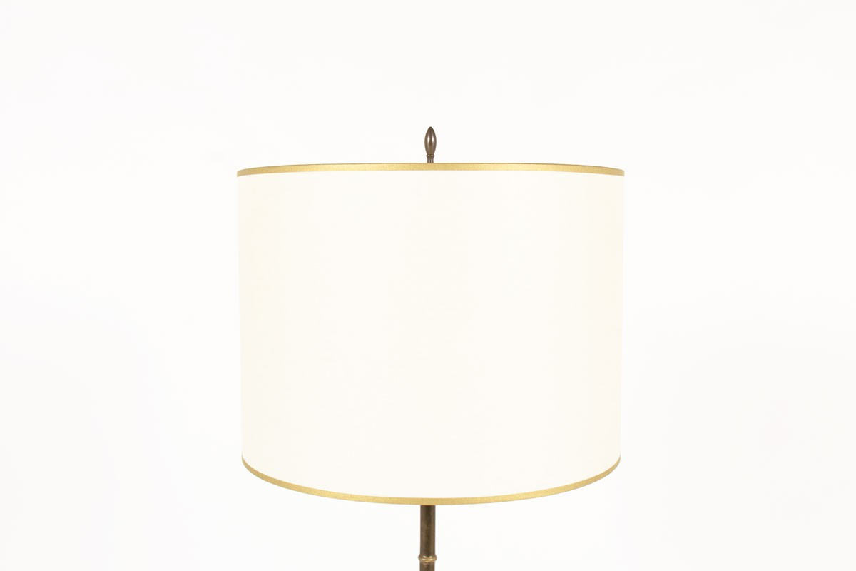 Lampadaire style bambou en laiton avec abat-jour beige 1950