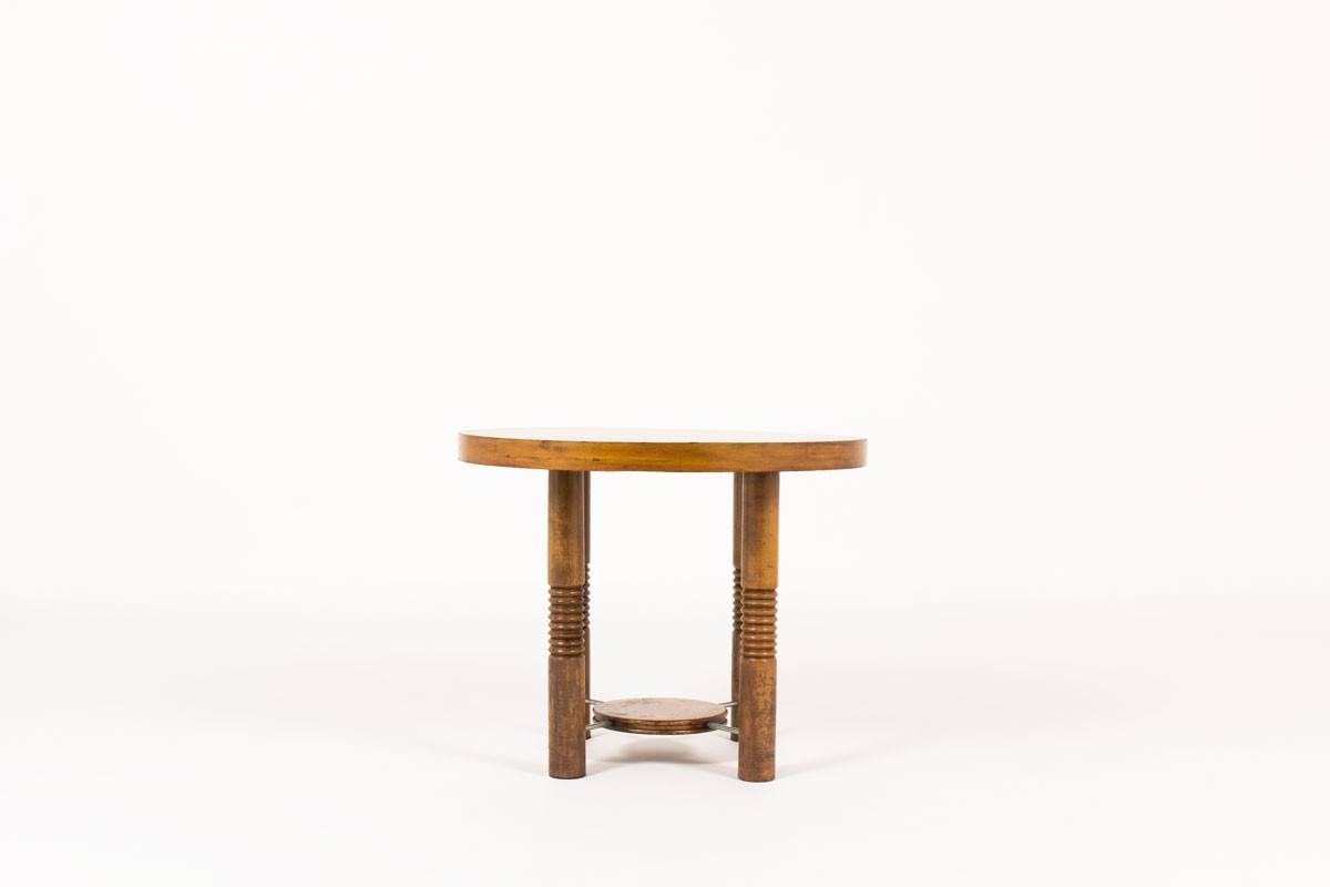 Round coffee table in walnut 1950
