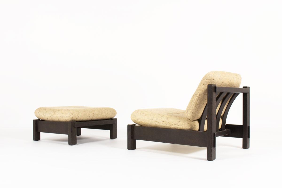 Fauteuil et repose-pieds en chêne noirci et tissu beige 1950