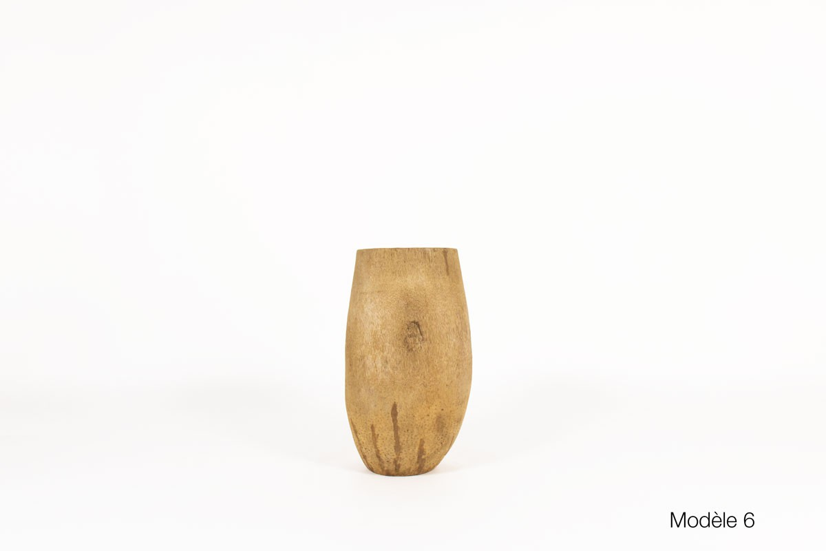 Planter in coconut tree African design 1950