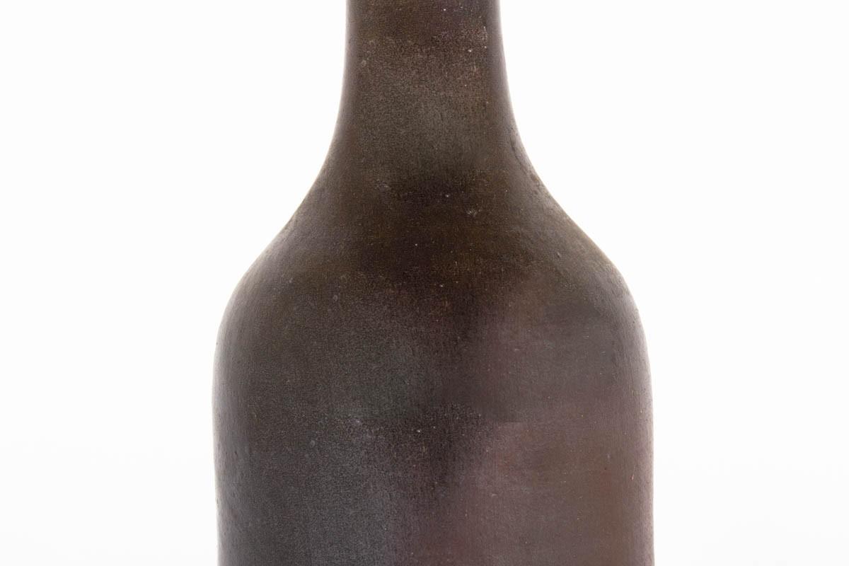 Vase bouteille en grès marron 1950