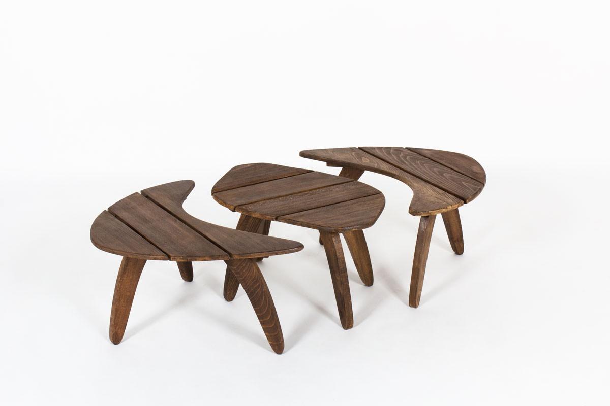 Tables basses en hêtre teinté édition Triconfort 1960 set de 3