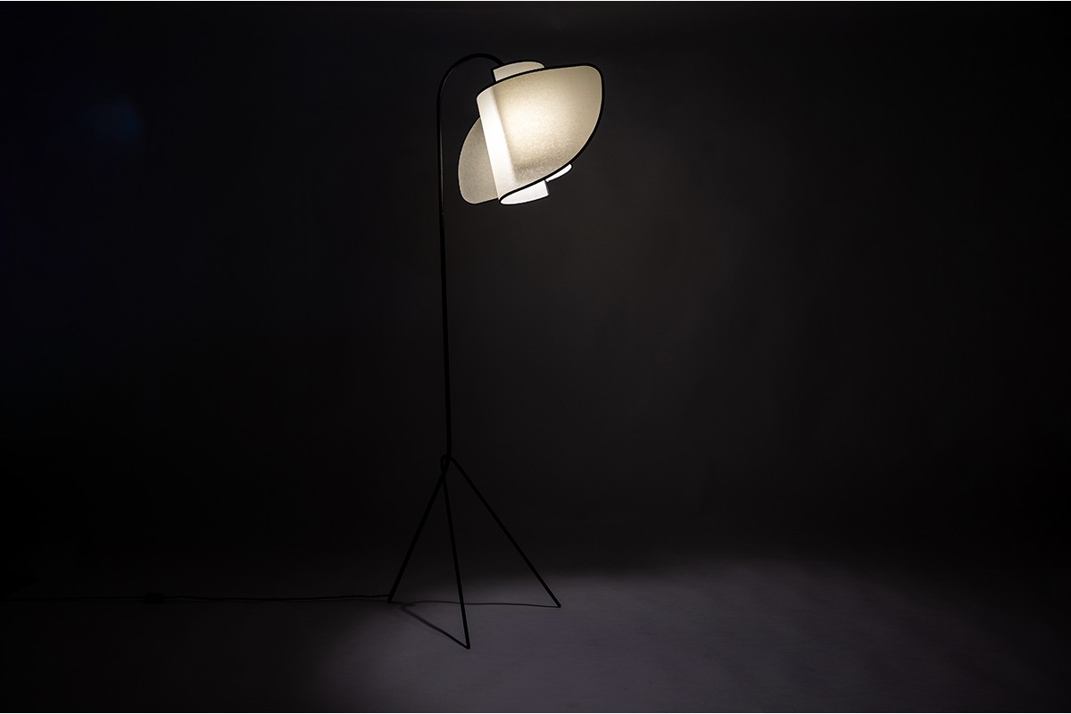 Tripod floor lamp black metal and curved beige lampshade 1950