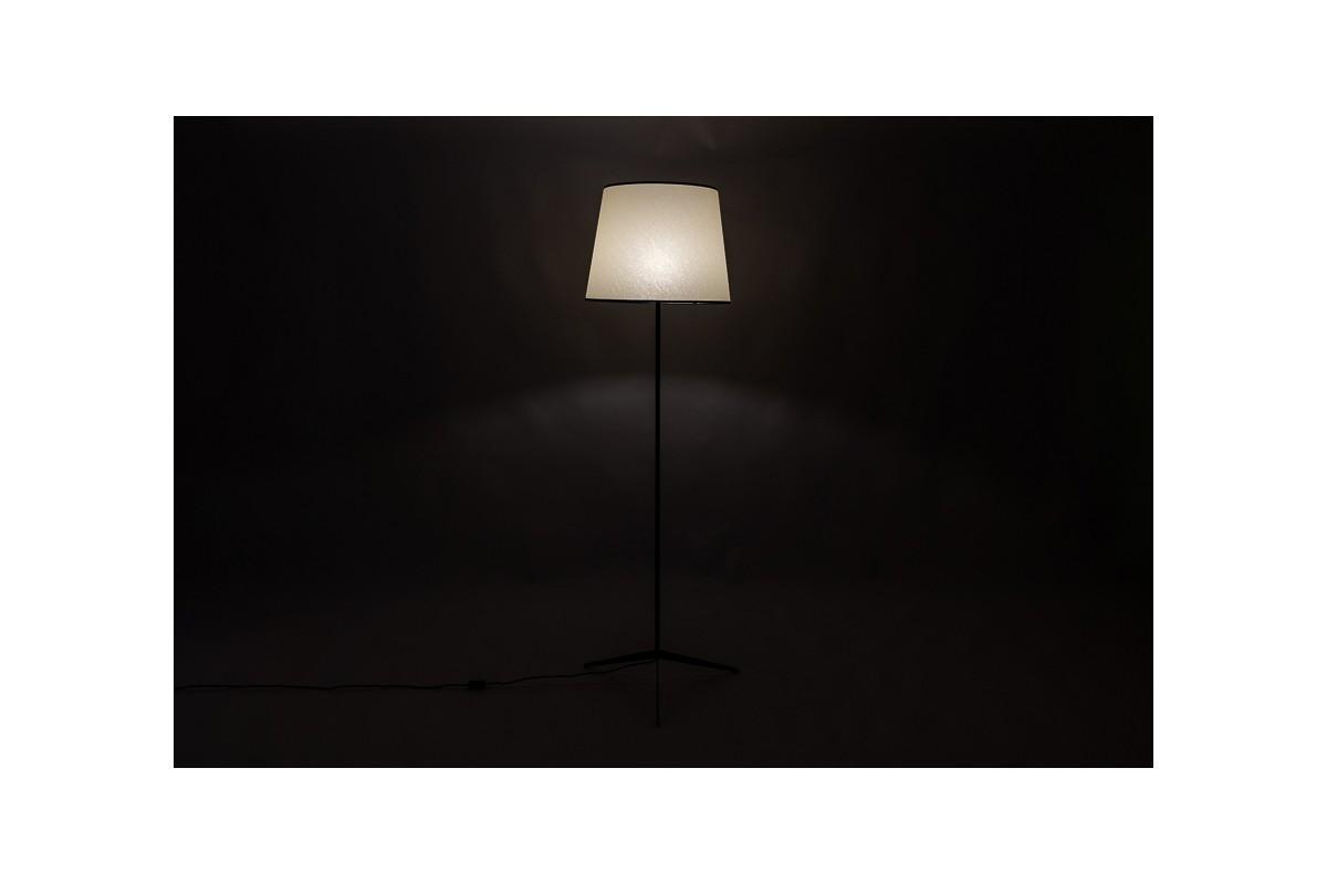 Lampadaire métal noir et abat-jour beige design minimaliste 1950