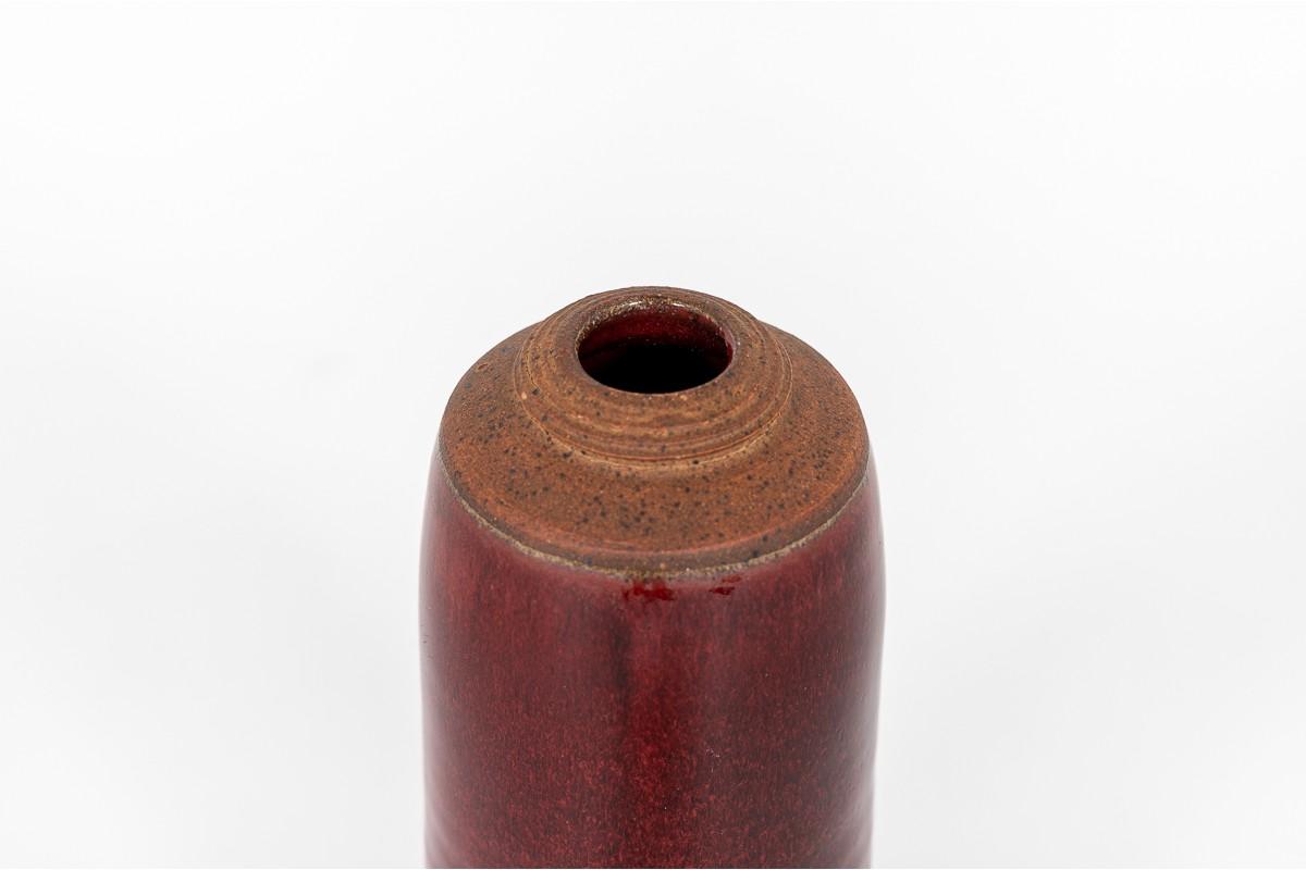 Vase en céramique rouge 1960