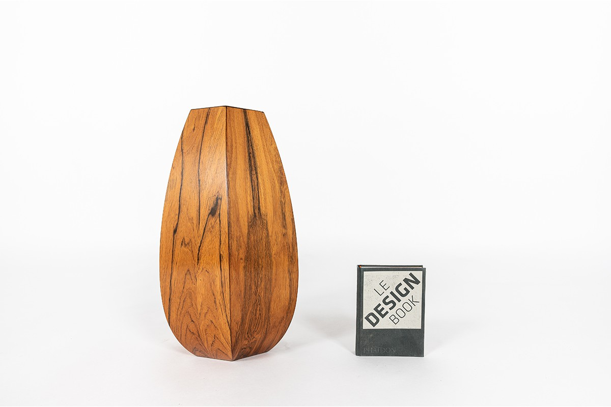 Vase en palissandre design danois 1950