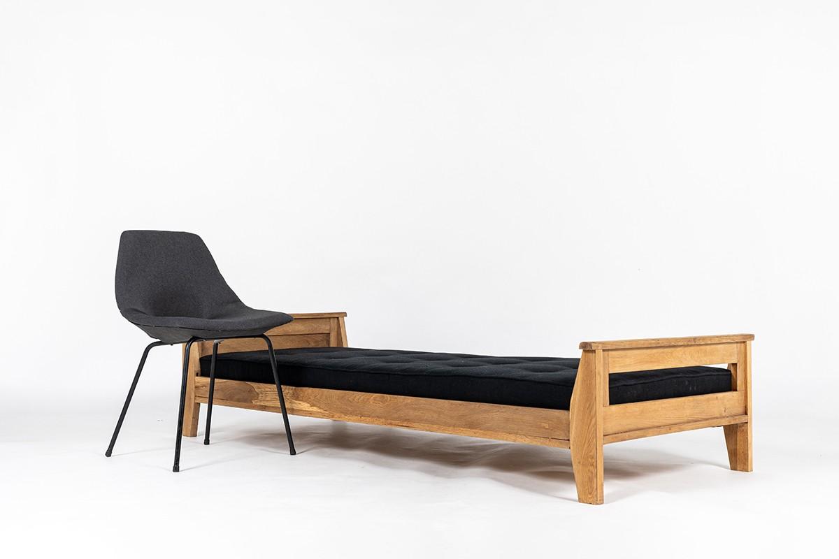 Rene Gabriel daybed in oak and black linen reconstruction design 1950