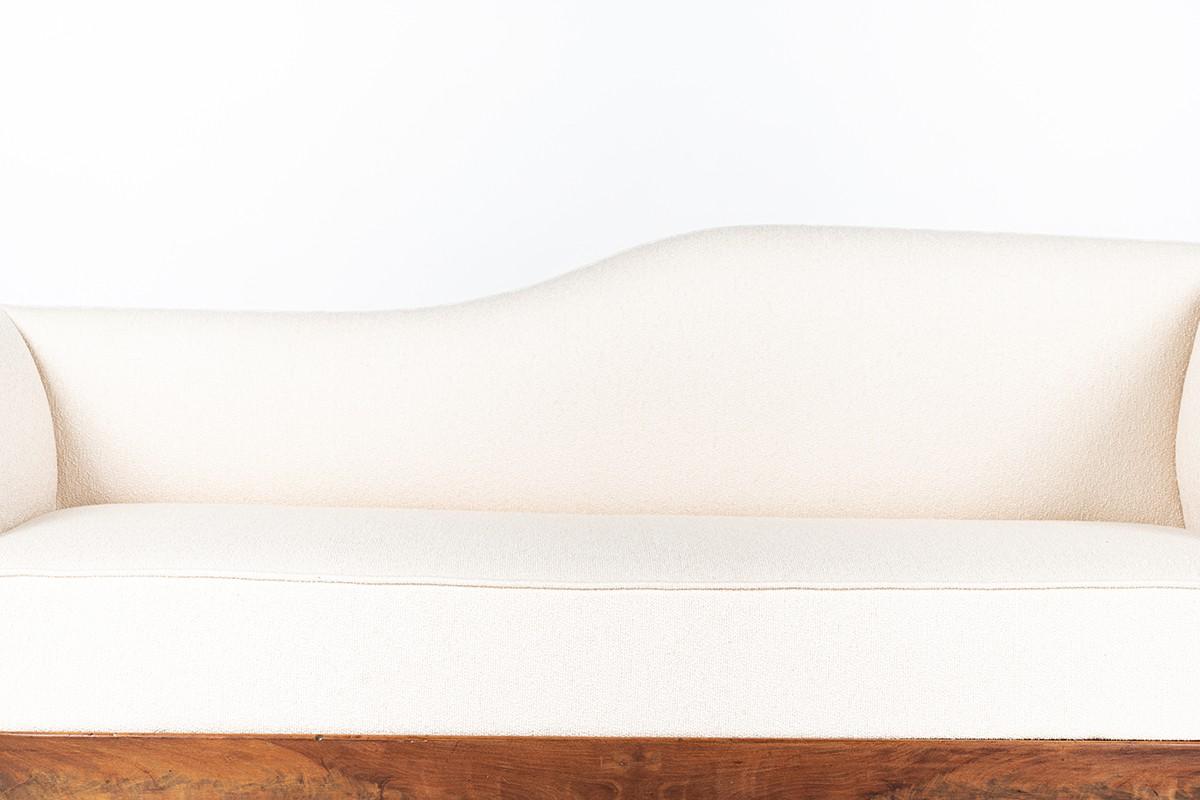 Méridienne Louis Philippe en noyer et tissu bouclette Maison Thevenon 1900