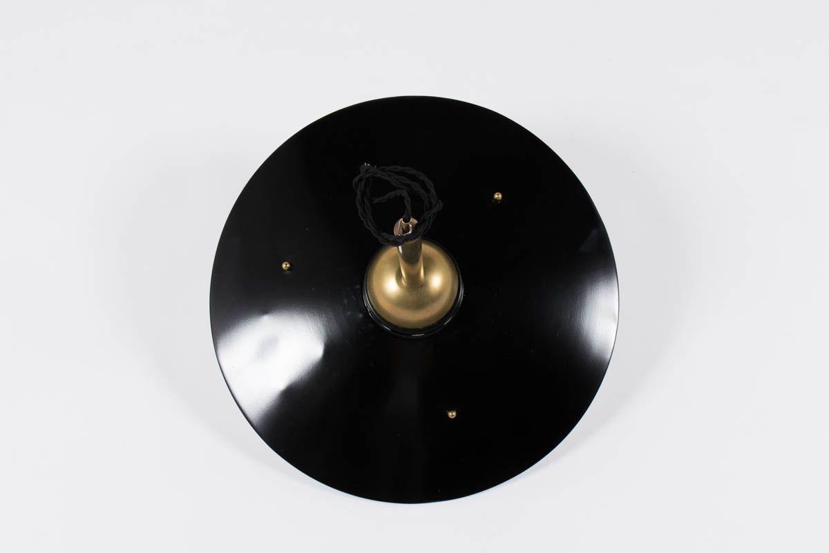 Suspension italienne en laiton et abat-jour en metal noir 1950