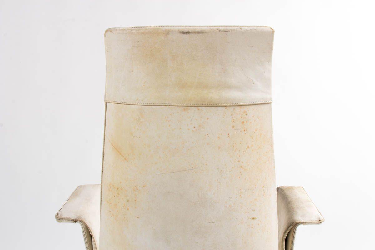 Fauteuil de bureau Preben Fabricius et Jorge Kastholm modele 6725 en cuir blanc edition Kill International 1960
